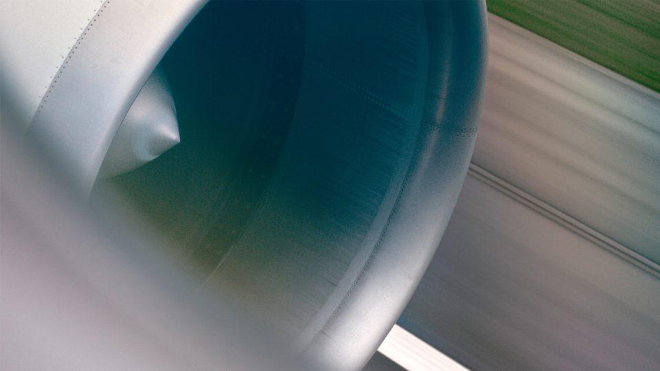 KLM : Close Up